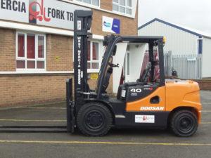 DOOSAN D40SC Forklift